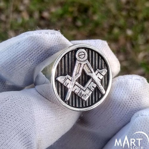 Square and Compasses Freemason Ring Strong Design